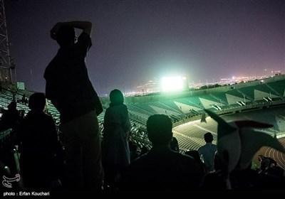 تماشای بازی تیم های فوتبال ایران - اسپانیا در ورزشگاه آزادی