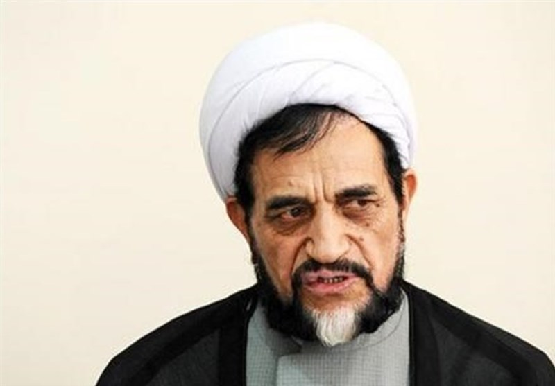 اشرفی اصفهانی در گفتگو با تسنیم: طرح مذاکره مستقیم با آمریکا خیانت به انقلاب است