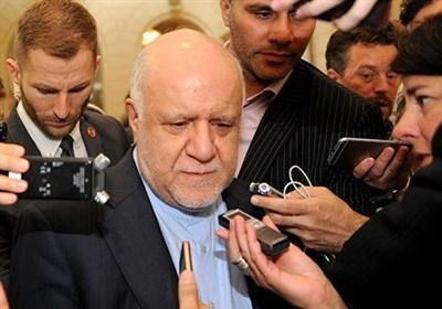 Iran Hails Russia's Role in Oil Production Cuts