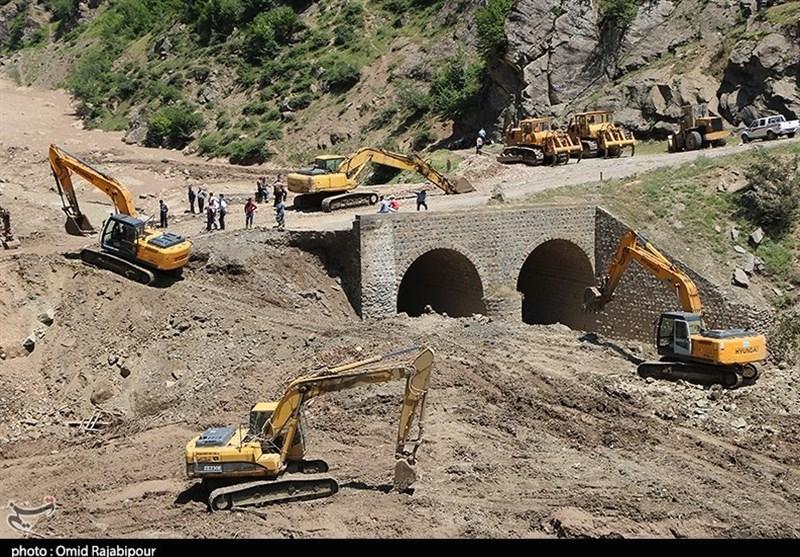 عملیات امدادی قرارگاه خاتم الانبیاء(ص) سپاه در مناطق سیلزده گیلان+تصاویر