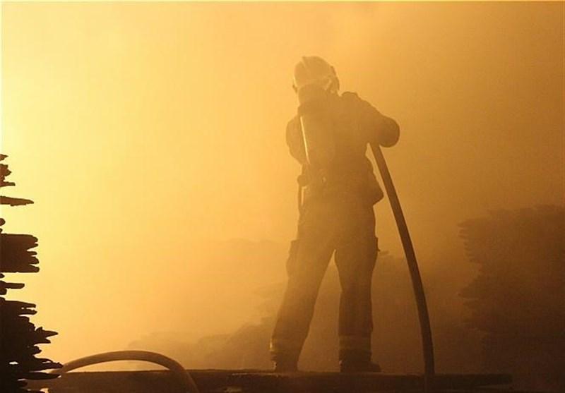 اراک| آتشسوزی شهرک صنعتی خمین 2 کشته و یک مصدوم برجای گذاشت