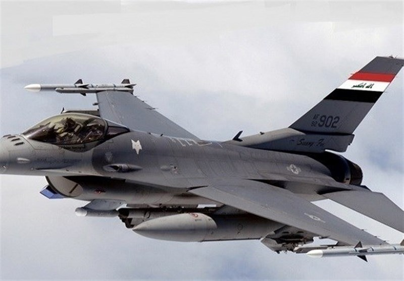 """ضربة جویة عراقیة تستهدف اجتماعاً لقیادات """"داعش"""" داخل سوریا"""