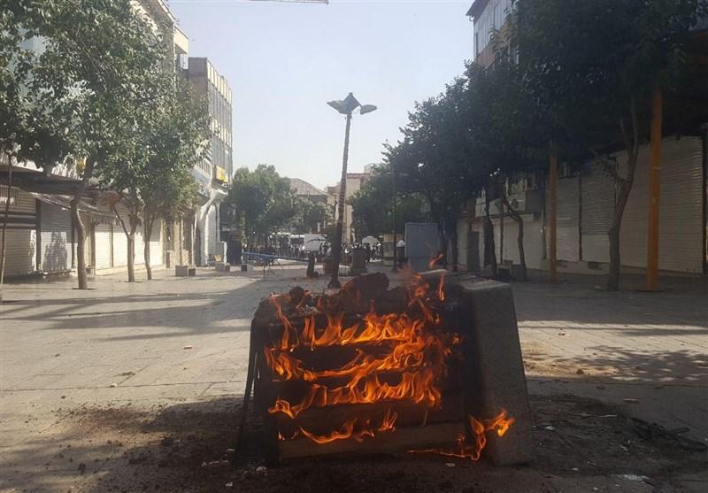 امروز در بازار تهران چه خبر بود؟/ اغتشاشگران اموال مردم را به آتش کشیدند + تصاویر اختصاصی