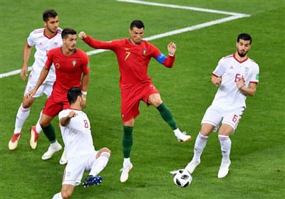 پوشش زنده؛ ایران صفر - پرتغال یک؛ تا دقیقه 60/ بیرانوند پنالتی رونالدو را گرفت/ اسپانیا یک - مراکش یک