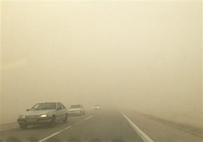 طوفان گرد و خاک با سرعت ۹۷ کیلومتر سیستان را درنوردید