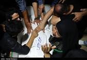 آخرین وداع با پیکر مطهر شهید مدافع حرم، «موسی رجبی»+عکس و فیلم
