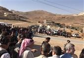 المئات من اللاجئین السوریین فی لبنان یعودون إلى قراهم وبلداتهم