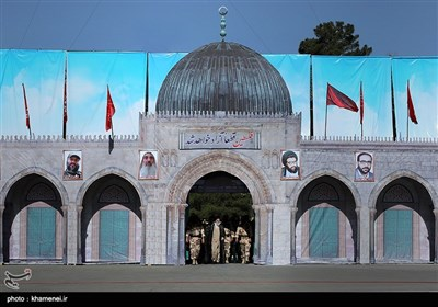 مراسم تخریج دفعة جدیدة من طلاب جامعة الإمام الحسین (ع)