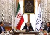 لاریجانی: در تصویب قوانین نباید خیلی سختگیرانه عمل کنیم