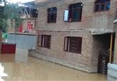 سیلاب و صاعقه برق مناطق مرکزی و شرق مازندران را قطع کرد