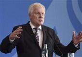 وزیر کشور آلمان از عرصه سیاسی کناره گیری میکند