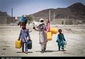 """یک میلیون نفر در سیستان و بلوچستان """"آب"""" ندارند؛ آیا انتقال آب از عمان به نتیجه میرسد؟"""