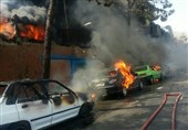 آتشسوزی گسترده در کارخانه تولید مواد شیمیایی/ اعزام 7 ایستگاه آتشنشانی به محل حادثه