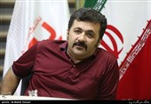 شهرام عبدلی در تماشاخانه سنگلج روی صحنه میرود