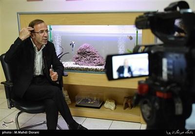 """امیر سید زاده: کارگردان مادر قلب اتمی به خاطر """"گلزار""""، اسلحهاش را روی شقیقهام گذاشت+فیلم"""