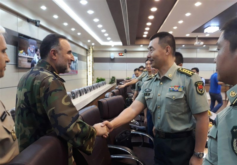 Iranian Army Commander, Chinese Military Delegation Meet in Tehran
