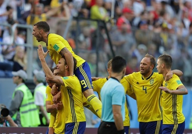 World Cup: Swedes Squeeze into the Last Eight