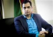 یک فعال سیاسی: تاخیر ترمیم تیم اقتصادی دولت موجب بیاعتمادی مردم میشود
