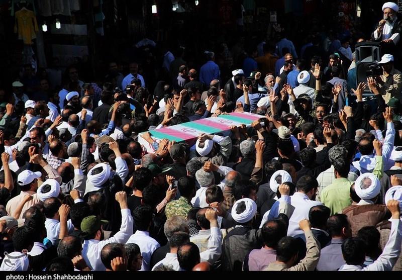 پیکر سرباز شهید «آرمین فخری» در کرمانشاه تشییع شد