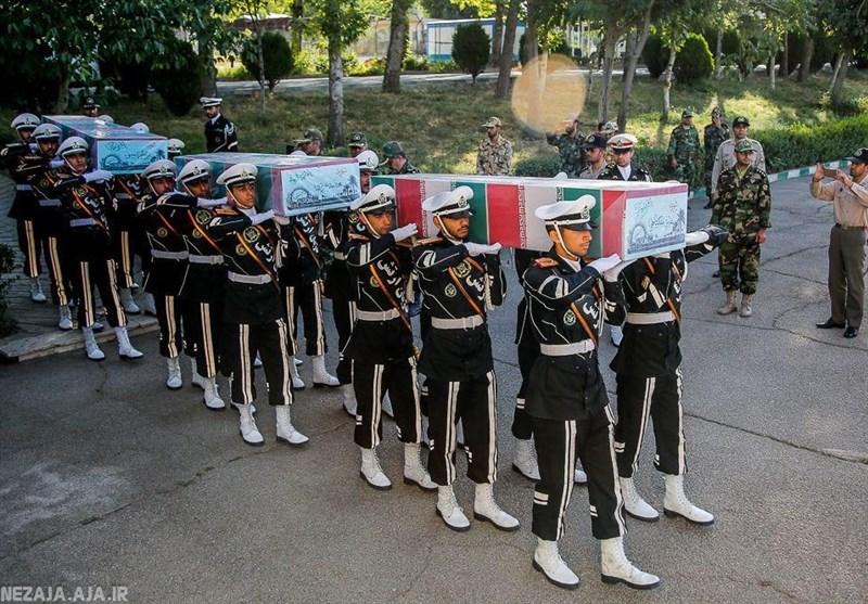 تشییع پیکر سه شهید تازه تفحص شده در ستاد نیروی زمینی ارتش + عکس
