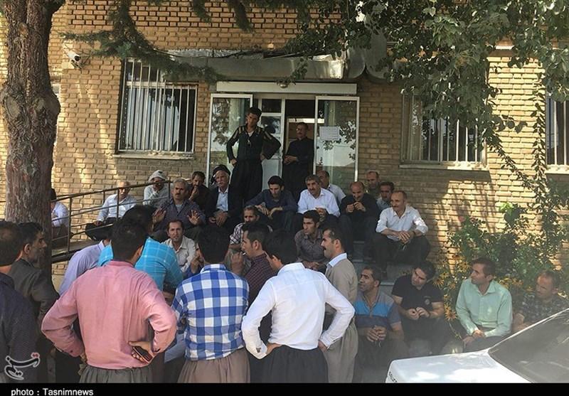تجمع کارگران شهرداری مریوان در اعتراض به عدم پرداخت 9 ماه حقوق امسال