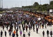 People Shot Down Chicago Highway in Protest against Gun Violence (+Video, Photos)