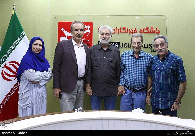 تجلیل از هنرمندان «صبح جمعه با شما» در خبرگزاری تسنیم+عکس