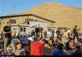 گزارشی از قلب اردوگاه مهاجران در تهران/ افغانستانیها برای ترک ایران صف کشیدند+عکس