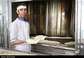 دولت یا نان را گران کند یا حقوق 1 میلیون نانوا را بدهد