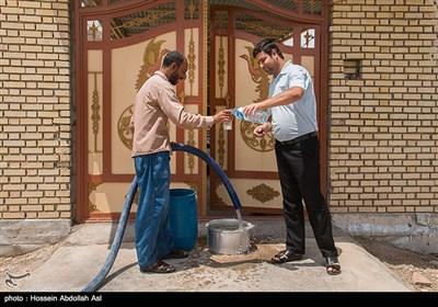 آبرسانی با تانکر آب به روستاهای آبادان
