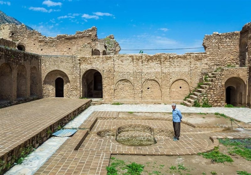 Pour Ashraf Castle: A Fantastic Ancient Monument in Western Iran