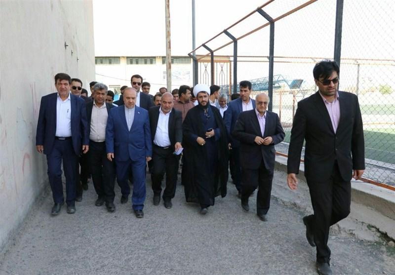 کرمان  وزیر ورزش و جوانان از مجموعه ورزشی رودبار جنوب بازدید کرد