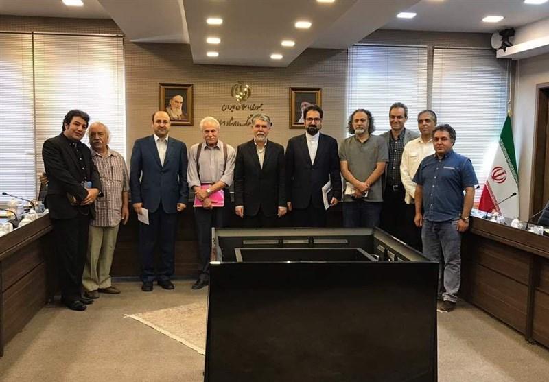 وزیر فرهنگ و دیدار با هیئتمدیره خانه تئاتر