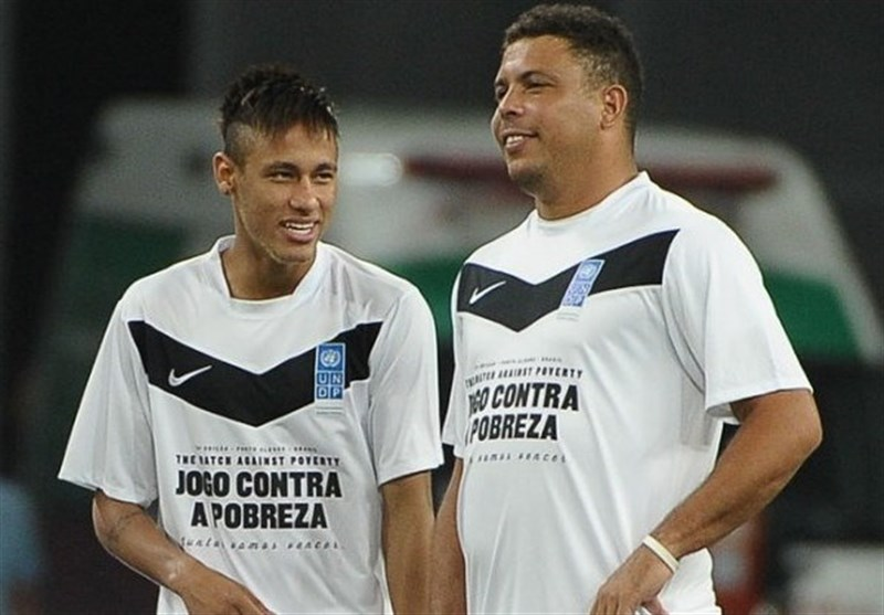 رونالدو: از نیمار در جام جهانی انتظار بیشتری داشتیم/ او دلیل واکنشهای اغراقآمیزش را به من توضیح داد