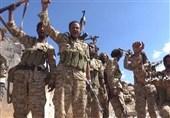 یک فرمانده ارتش یمن در گفتوگو با تسنیم: ادعای برقراری آتش بس درحدیده بی اساس است