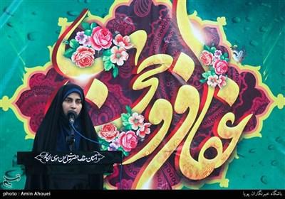 سیده فرشته حسینی شاعر در همایش دختران انقلاب - امامزاده صالح(ع) تجریش
