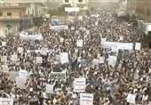 راهپیمایی گسترده در صعده در سالگرد خیزش بزرگ علیه مستکبران/ تقدیر از مواضع نصرالله درباره ملت یمن