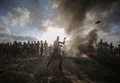 Palestinian Teen Dies as Gaza Protests Continue (+Photos)