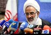 نماینده ولیفقیه در سپاه: مذاکره با آمریکا ملت ایران را ذلیل میکند / مشکلات اقتصادی با سازش و برجام حل نمیشود