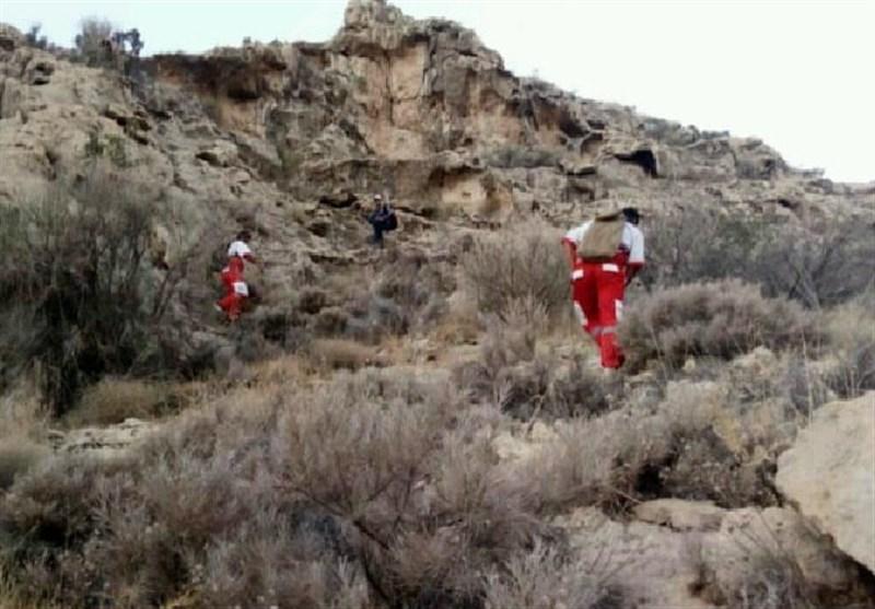 جسد کوهنورد مفقودی در کوههای تنگستان کشف شد