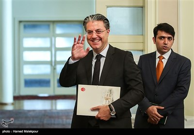 رضا هاکان تکین سفیر ترکیه در تهران در پایان نشست خبری