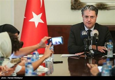 نشست خبری رضا هاکان تکین سفیر ترکیه در تهران