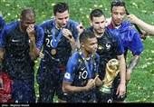 بهترین بازیکن جوان جام جهانی 2018 آب پاکی را روی دست رئالیها ریخت/ امباپه: صددرصد در پاریسنژرمن میمانم!