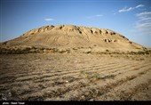 معمای تپه باستانی زیویه؛ نتیجه کاوش تیم باستانشناسی همچنان در هالهای از ابهام