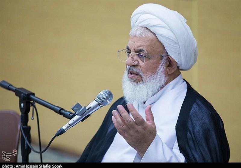نماینده ولی فقیه در استان یزد: الحمدالله در صنعت دفاعی به دستاوردهای خوبی دست یافتهایم