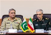 Top General: Iran, Pakistan Eye Joint Production of Military Gears