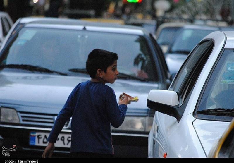 تهران| توزیع غذای گرم بین کودکان کار در گودهای زبالهگردی