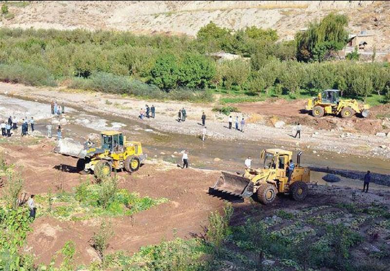آزادسازی 186 مورد تجاوز به حریم رودخانهها و منابع طبیعی در گلستان