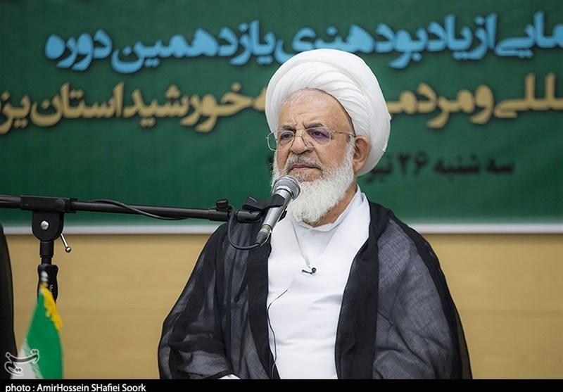 یزد| اهداف شوم دشمن به سمت خانوادههای شهدا و ایثارگران سوق یافته است