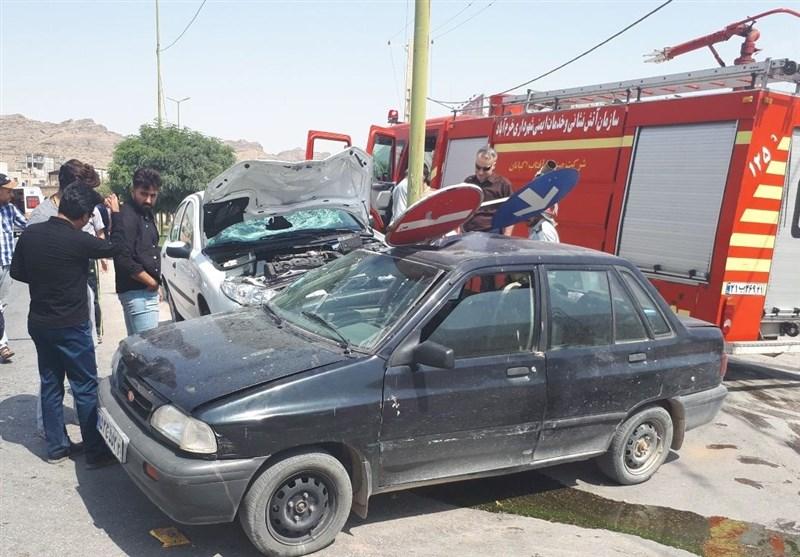 برخورد خودرو با پاکبانان شهر خرمآباد؛ 2 نفر کشته و زخمی شدند